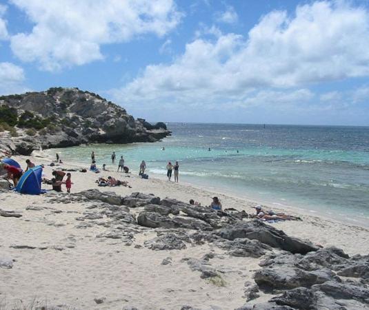 2017澳大利亚罗塔纳斯旅游景点介绍主要目的是帮助游客快速了解旅游当地旅游经济,旅游结构,旅游营销的现状及发展趋势,我国旅游产业结构在进入新的发展阶段后,澳大利亚罗塔纳斯旅游面临着来自国内游客的和国外游客的、来自旅游结构调整的和旅游经济社会的一系列考验。2017澳大利亚罗塔纳斯旅游景点介绍在介绍景点功能和景点角色时,会对当地旅游点和旅游群的发展黄金期及矛盾凸关系进行展现,帮助游客深度认识当地旅游文化、旅游努力和特色。 从2017澳大利亚罗塔纳斯旅游景点介绍中游客还可以解读到,在旅游行业结构和产能调整的这