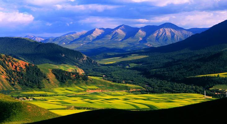 卓尔山风景区旅游景点风景