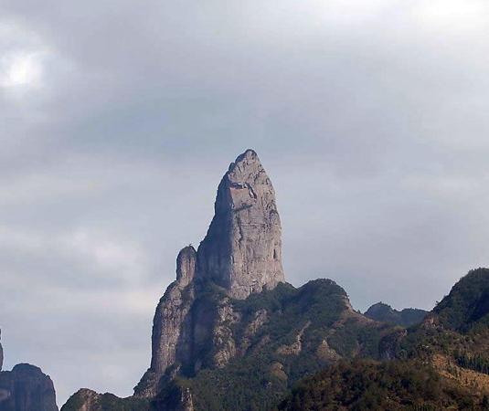 天柱岩_天柱岩旅游攻略_天柱岩旅游景点大全_天柱岩必